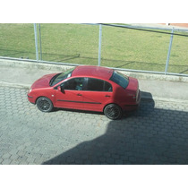 Wolsvagen Polo Sedan 2005 Ful 10.800 Negociables