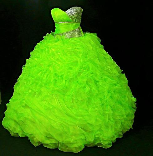 Vestidos de 15 verde neon