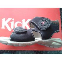 Bellas Sandalias De Niño Original Kickers Talla 25 Negro