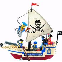 Barco Navio Pirata Compatível Lego + 4 Bonecos Minifiguras