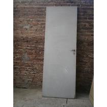 Puerta. Hoja De 2,20 X 80 C/ Herrajes, Picaporte, Sin Marco.