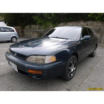 Toyota Camry Le V6 - Automatico