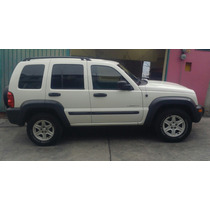 Jeep Liberty Sport 4×2 2004