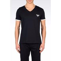 Camiseta Emporio Armani Swimwear Gola V 100% Algodão De $549