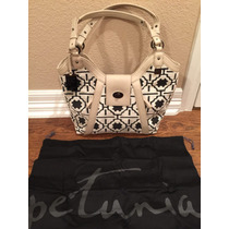 Bolsa Petunia Pickle Bottom Piel Con Tela Blanco Con Negro