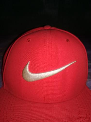 Gorra Nike Swoosh Pro Rojo -   250.00 en Mercado Libre f9a4fa00ea2