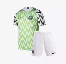 a500a2f03d Kit Infantil Croácia 18 19 Camisa Seleção Home Frete Grátis