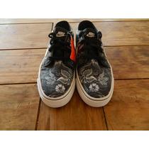 Zapatillas Nike Toki Low Txt Print Talle 37.5