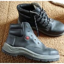 Zapatos Bata Seguridad N° 39 - 1 Postura