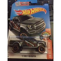 Hot Wheels 17 Ford F-150 Raptor