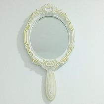 Espelho Provençal Em Resina Branca Com Detalhes Em Dourado