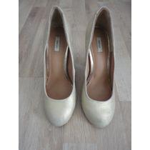 Zapatos Dorados Urban Outfitters