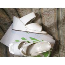 Sandalia Taco Chino Cuero Blanco Brilloso Talle 38