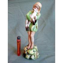 Hermosa Figura Niña Porcelana Royal Worcester Con Detalles