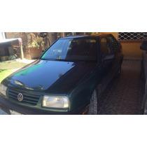 Volkswagen Jetta 4p Gl 5vel A/a 1996