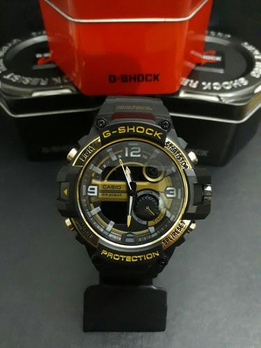 853f998f816 Relógio G-shock Preto Com Dourado Menor Preço - R  90