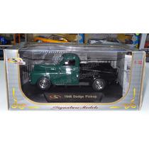 1:32 Dodge Pick Up 1948 Verde Signature Models