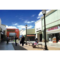 Excelente Plaza En Tijuana, Cuenta Con Locales Comerciales Ya Operando Con Tiendas De Renombre Como Comercial Mexicana, Cinemex, Famsa, Coppel, Montepio. Es Una Oportunidad Para Expandir Tu Negocio.