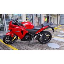 Honda Cbr Rr 250cc Roja Cm Nueva Recien Pulida
