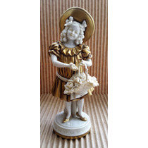 Antigua Figura De Niña Con Canasta En Porcelana 1880 Aprox