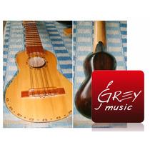Charango Artesanal Coro Con Caja De Madera N°1 - Grey Music