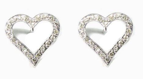 05ecf30449bdf Brinco Coraçao Vazado Ouro 18k E 40 Pontos De Diamantes - R  1.150,00 em  Mercado Livre