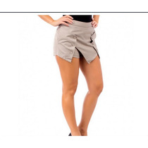 Shorts Saia Assimetrico
