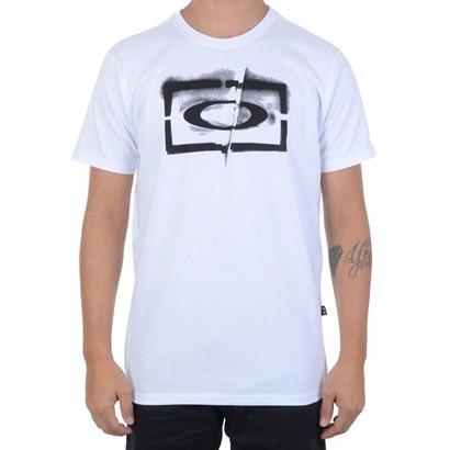 Camiseta Oakley Original Stencial Ellipse - R  74,90 em Mercado Livre 93a768a4ff