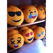Cojín Emoticon 30cm Paquete 30 Pzas Mayoreo Negocio Lote