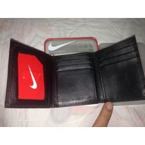 Billetera Tommy Hilfinger, Nike
