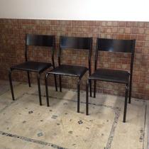 Cadeira Talk Tok Stok Ferro Preta Com Assento Corano Preto