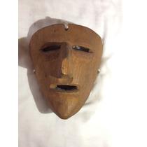 Máscara Tallada En Madera