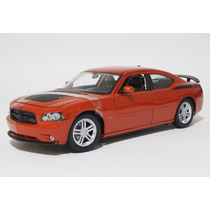 Dodge Charger Daytona R/t 2006 Welly 1:18