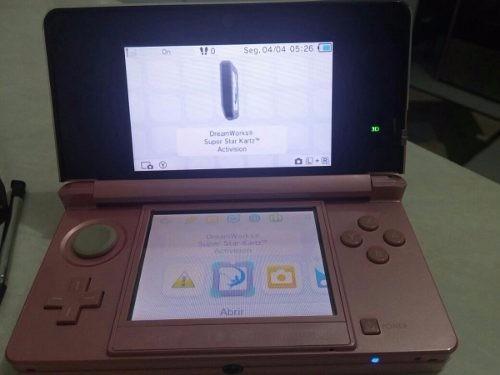 0b21c20c4d Nintendo 3ds Rosa Seminovo Com Acessórios - R  900