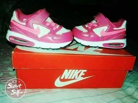 2b360a23e Zapatillas Nike Air Max Niña -   1.000
