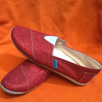 Zapatos Toms.