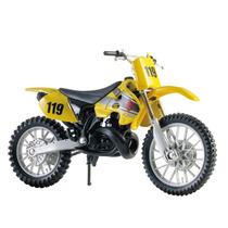 Suzuki Rm 250 Moto De Trilha 1:18 Maisto