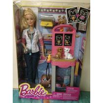 Boneca Barbie Profissões Veterinária Com Pets