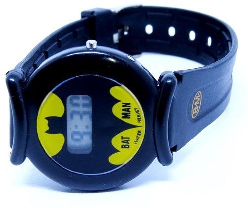 9861679ff7d Relógio Infantil Batman Preto Digital Mini P. Entrega 35mm - R  34 ...