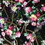 Flores Negro Cadenas (Polilycra)