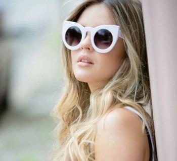 0f9043cd49511 Óculos Feminino Gatinho Fendi Branco Frete Gratis - R  39,90 em Mercado  Livre