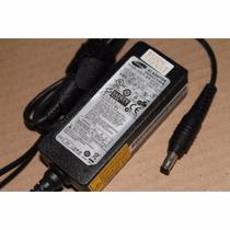 Cargador Samsung Original 19v 2.1a Np305u1a-a02mx Np500p4c