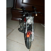 Moto Harley Davidson De Colección O Juguete
