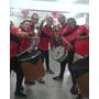 Grupo De Samba Tambores Horas Locas Y Zanqueros