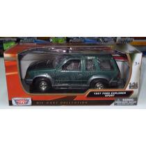 1:24 Ford Explorer Sport 1997 Verde Motor Max C Caja