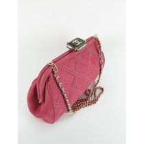 Bolsa Chanel Maravilhosa Com Alça De Correntes Ou Clutch !