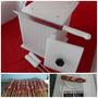 Formadora 81 Espetinhos Corte 2,2x2,2cm Insersor De Palitos