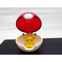 Pokebola 7cm + Pikachu De 4cm Para Colecionadores