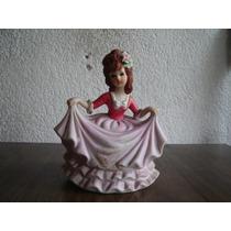 Figura Porcelana: Muñequita Falda Rosa
