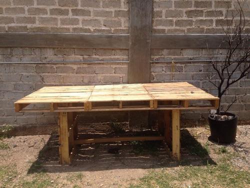 Mesa comedor de tarimas recicladas rustica servicio juntas for Mesas de jardin con tarimas